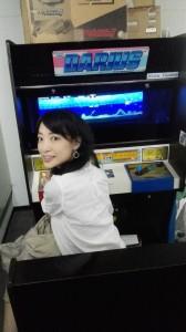 ゲームセンター女子