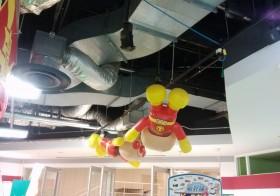 ゲーセンの天井からみんなの夢をまもるヒーロー!٩( 'ω' )و